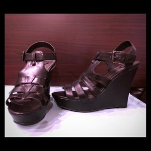 Guess Women's Wedge Sandals size 10
